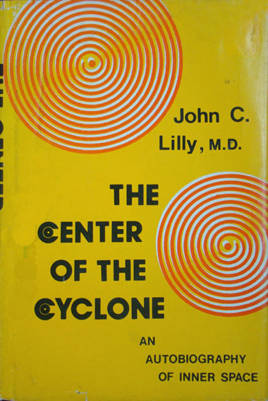 Lilly_CenterOfCyclonefr